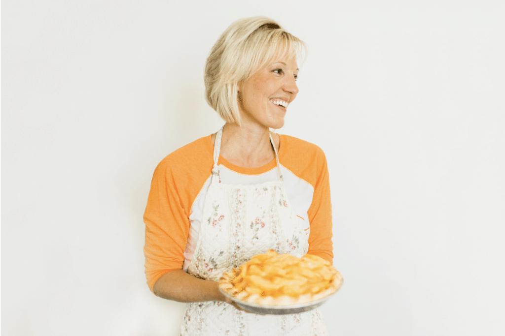 Mindy With Pie